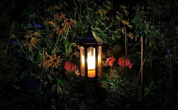 Lampy stojące ogrodowe