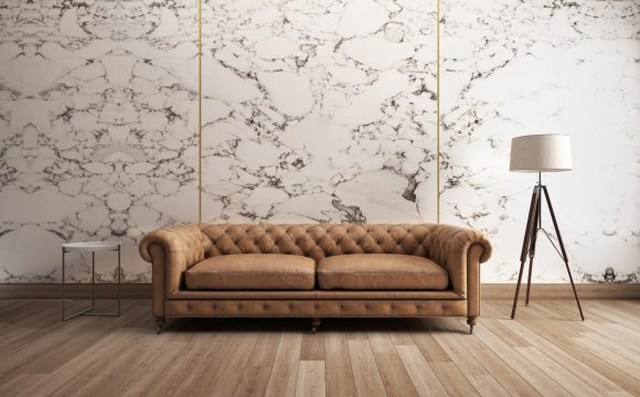 ściana z kamienia dekoracyjnego w salonie
